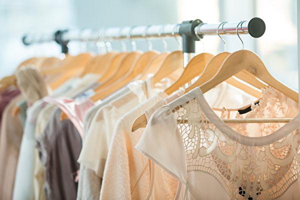【抗疫家务通】如何清洁衣服  避免将病毒带回家
