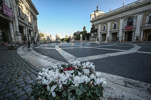 圖為意大利舉國封鎖令下的羅馬米高安哲羅廣場(Michelangelo』s Square )。(攝於2020年3月10日)(Vincenzo PINTO / AFP)