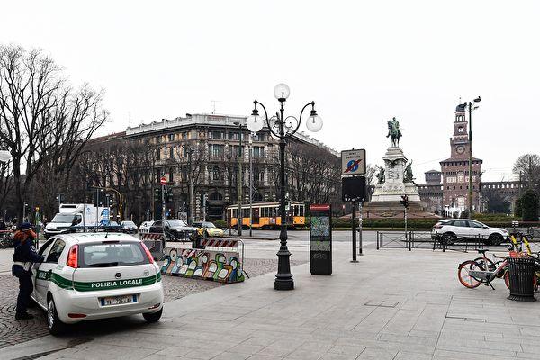 圖為意大利舉國封鎖令下的米蘭凱羅利廣場(Largo Cairoli)。(攝於2020年3月10日)(MIGUEL MEDINA / AFP)