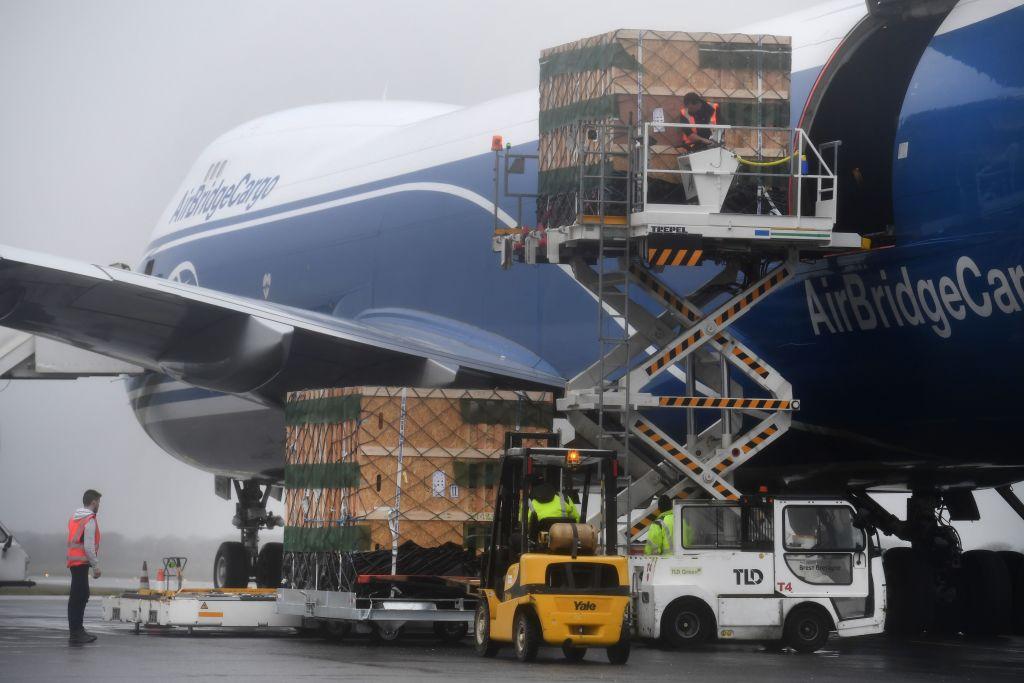 疫情下航空業遇新機 客運改貨運全球送貨
