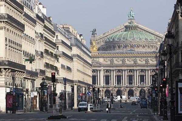 圖為3月20日的巴黎歌劇院正門大道。 (THOMAS SAMSON/AFP via Getty Images)