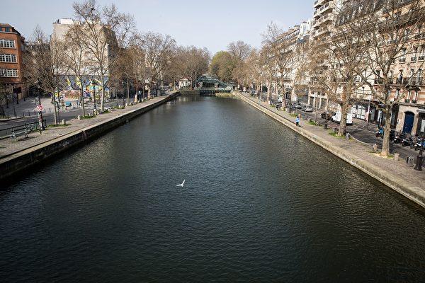 巴黎聖馬丁河。 (JOEL SAGET/AFP via Getty Images)