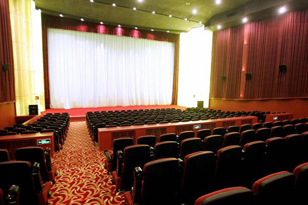 大陆影院被迫复工 全国多省票房均为零