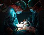 【微视频】江苏医生坚称:非法摘取器官是公派