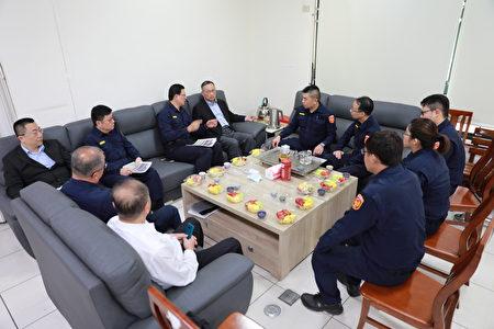 中央地方齐心防疫,警政署长陈家钦到竹县慰勉基层员警并举办座谈