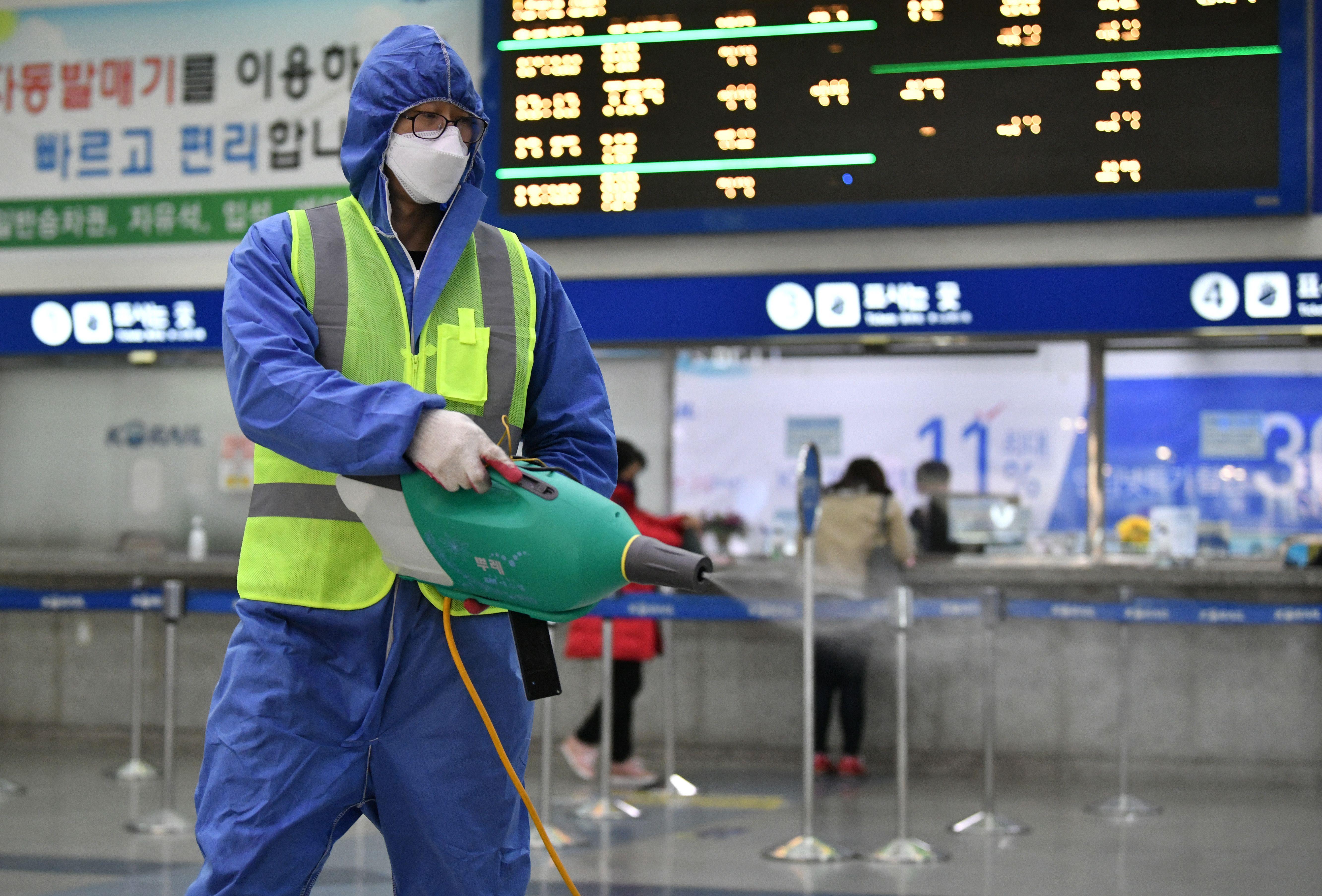 台醫師:中國數據可信度低 使日韓意輕忽防疫