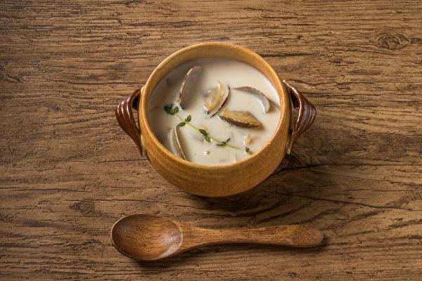 蛤蜊有利於降膽固醇,且熱量低、脂肪低。(Shutterstock)