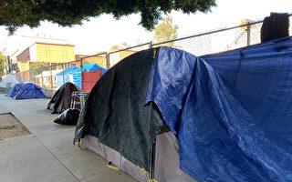游民住到家门口?加州酒店安置计划引反弹