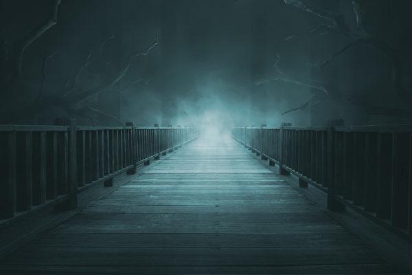在黎澍看來,人類寧可在人世間受刑,也切不可在陰間受刑。示意圖。(fotolia)