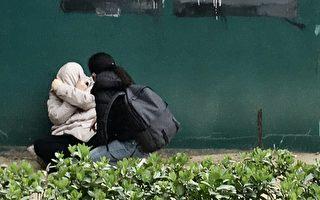 【一線採訪】北京人生活艱難 男子崩潰痛哭