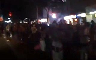 【现场视频】广州上千人摸黑上车返乡