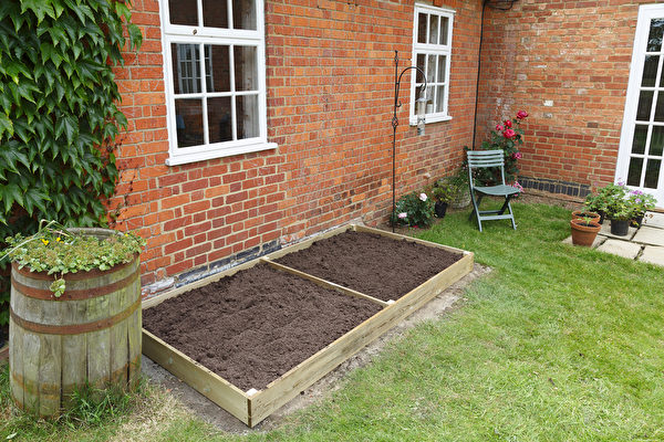 shutterstock, gardon, earth, 土壤, 后院