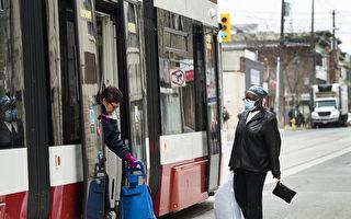 保障乘客间距 多伦多公交车禁用部分座位