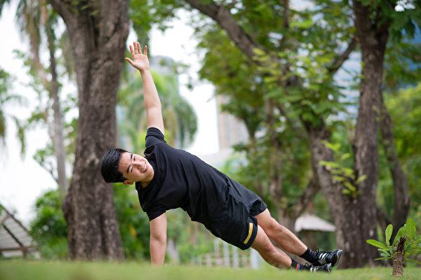 在适当的训练和恢复下,筋膜会变得更强健、更有弹性。(Shutterstock)