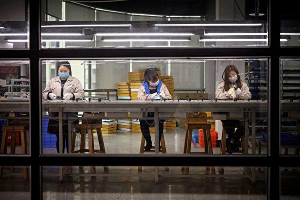 海外訂單少 內需也疲弱 大陸企業受挫