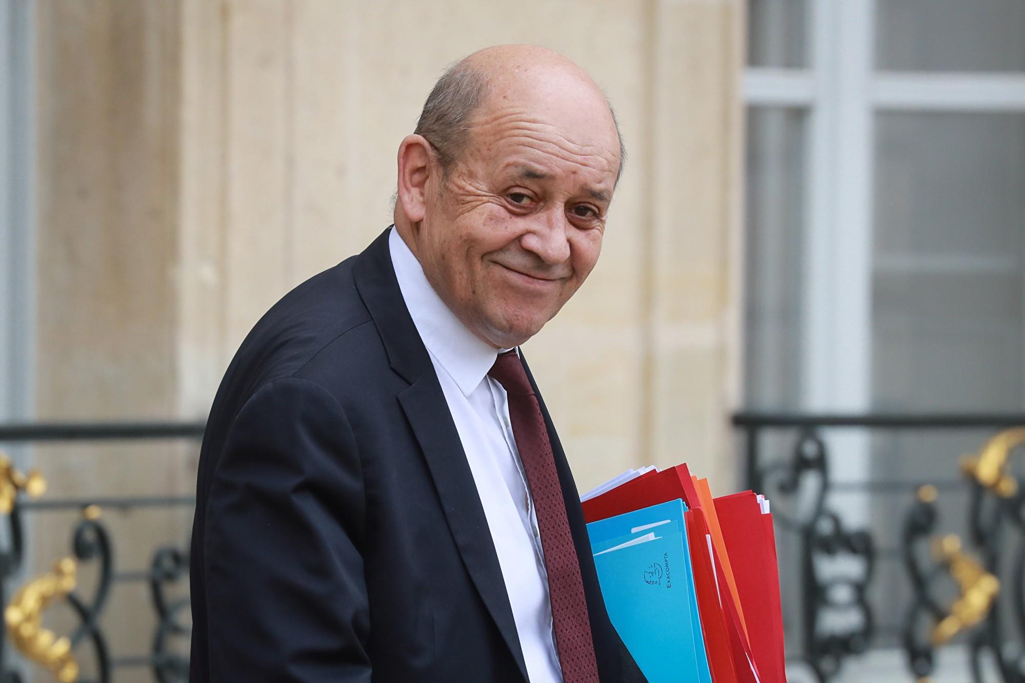 法國外長勒德里昂(Jean-Yves Le Drian)4月14日召集中共駐法國大使盧沙野,就該領事館近期對中共病毒(武漢肺炎)疫情發表的宣傳言論表示不滿。(LUDOVIC MARIN/AFP via Getty Images)
