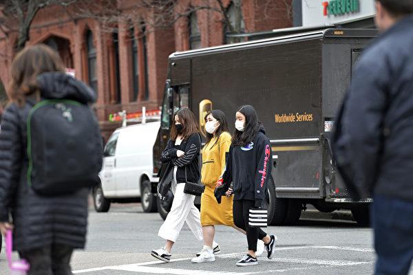 麻州昆士市强制戴口罩外出