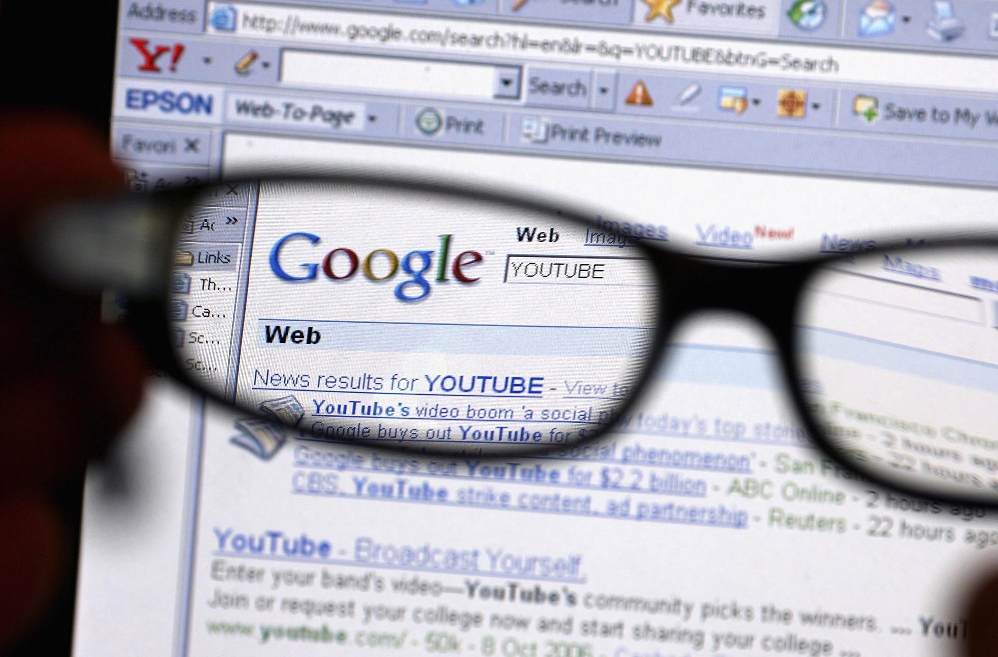 近期,繼YouTube「黃標」事件,又有YouTube大V遭谷歌封殺,欲發起對谷歌公司的訴訟。(Jeff J Mitchell/Getty Images)