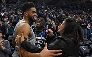 NBA灰狼隊證實 唐斯母親死於中共肺炎