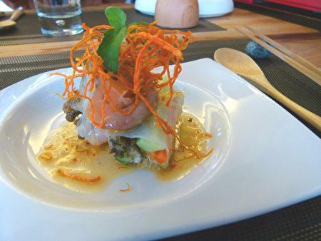 阿嶽將部落山海食材用精緻的西式料理方式呈現。