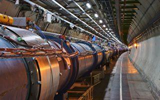 新型激光粒子加速器更小却更强