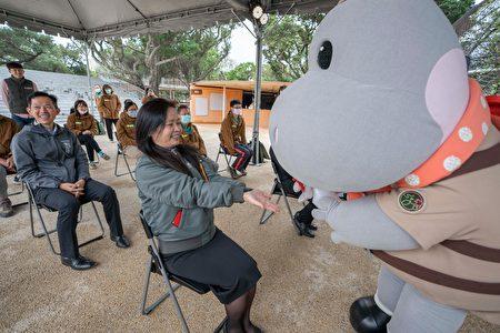 新竹市副市长沈慧虹表示,新竹市立动物园又是一个充满植栽绿意、生态丰富的环境,蚊虫容易孳生,受惠于中台兴产品对环境友善的高标准,帮助动物园照顾员工、游客及园内的动植物。