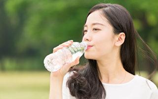 温水对肠道最好!医师:每天喝这些水才足够