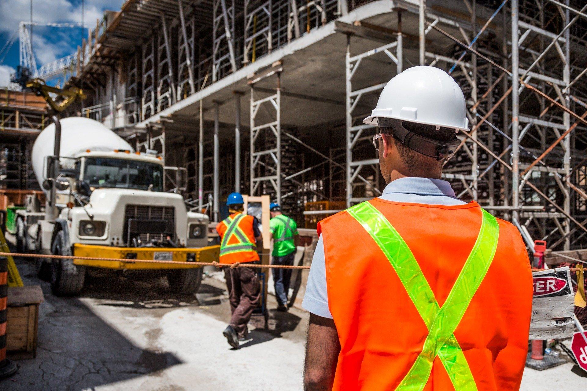 疫情下保就业墨尔本建筑工地延长工作时间| 大纪元