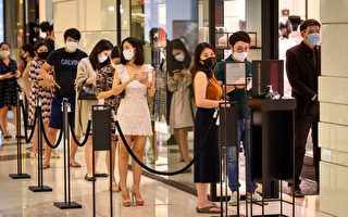 組圖:泰國疫情趨緩 商場湧現人潮