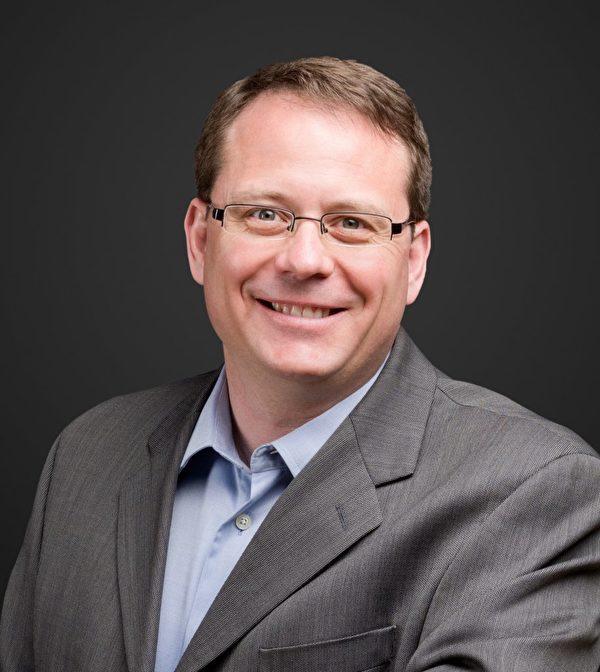 安省綠黨領袖、安省省議員邁克·施萊納(Mike Schreiner)