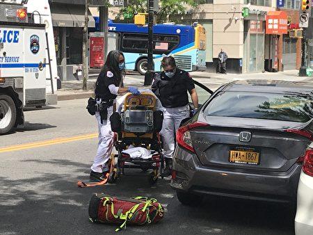 被撞車輛司機受傷。