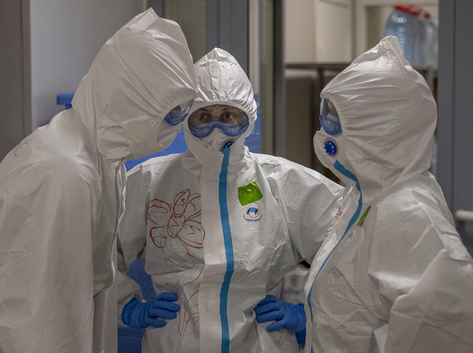 中共病毒大流行 兩周內三名俄羅斯醫生墜樓