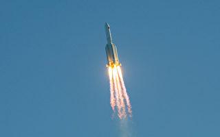中共火箭失控 飛掠洛城和紐約 墜入大西洋