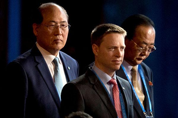 川普国安顾问以中文演讲 吁北京给人民自由