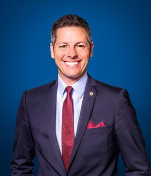溫尼泊(Winnipeg)市長褒曼( Brian Bowman)