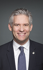 愛民頓Westaskiwin選區國會議員Mike Lake