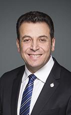愛民頓Manning選區國會議員Ziad Aboultaif