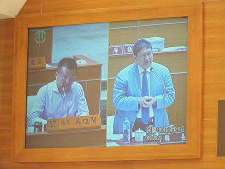 新竹縣議會召開第19屆第3次定期會,竹縣議員吳旭智進行質詢,關切大新竹輕軌及國際AI智慧園區議題。