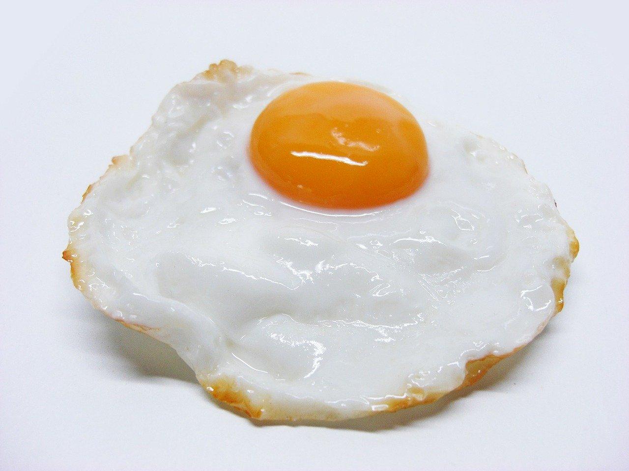 日本媽媽在煎蛋上創作卡通人物 超級卡哇伊