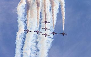 加拿大空軍「雪鳥」飛行隊墜機 女上尉殉職