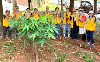 用愛「手」護醫護  北榮桃分院志工認養花圃