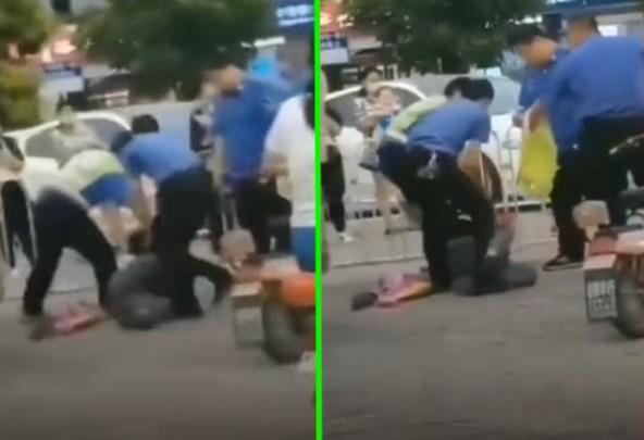 近期,有影片顯示,河北衡水市棗強縣城管毆打地攤老人。(影片截圖合成)