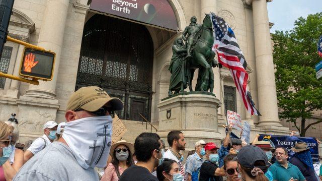 拒絕政治正確 150位市民要求保留老羅斯福像