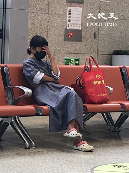 2020年6月18日,因為經北京去外地需要核酸檢測,所以很多人不知道,來北京後不得不退票。(大紀元)