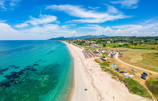 Monolithi beach, 海灘