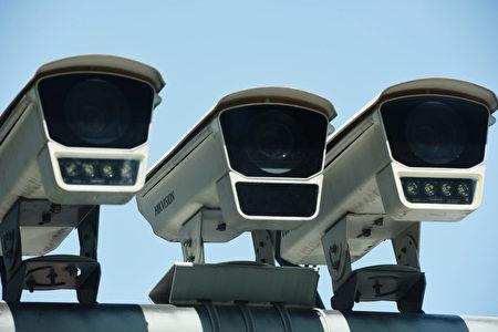 學者警告,留有後門的中國設備,不僅有機敏資料外流的疑慮,甚至還可能被用來散播病毒、攻擊台灣的關鍵基礎設施。(STR/AFP via Getty Images)
