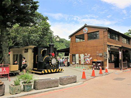 想要搭乘舊山線鐵道自行車的乘客,大部分選擇在勝興車站買票上車,完成勝興到龍騰斷橋的遊程。