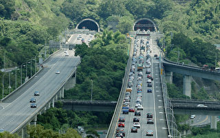 挺林佳龍 范世平:看到堵車為何還執著上國道