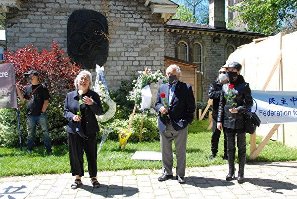 2020年5月31日,多倫多支持中國民運會主席吳溫溫、加拿大前參議員蒂尼諾(Consiglio Di Nino)、民陣全球副主席盛雪出席多大「六四」紀念活動。(伊鈴/大紀元)