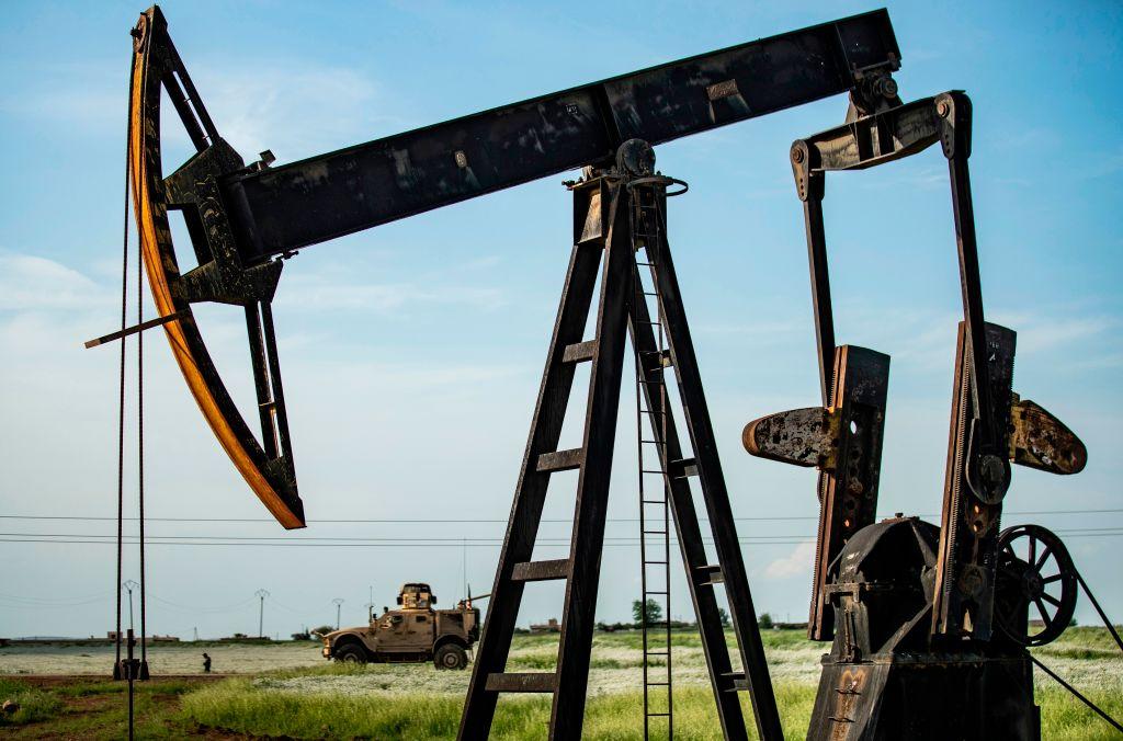 全球油價升至三個月新高 未來走勢不明朗